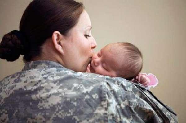 Выплаты по беременности и родам военнослужащим женщинам