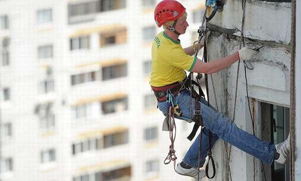 Плановые ремонтные работы в многоквартирном доме