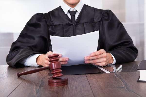 Образец искового заявления в суд о возмещении материального ущерба