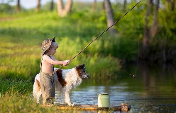 С удочкой на сельской речке можно отлично отдохнутьв течение летнего отпуска